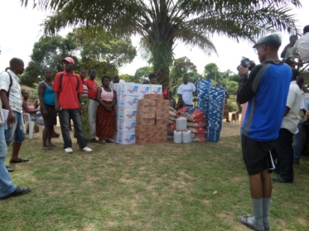 Ebola Victims in Gotomo Town Block -2 receive ration after losing 16