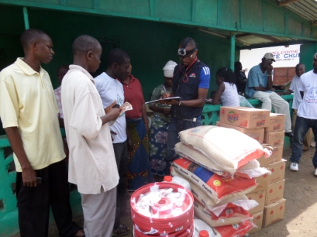 Victims in New road community receive ration