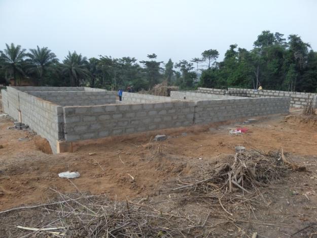 the-back-of-segisu-public-school-under-construction