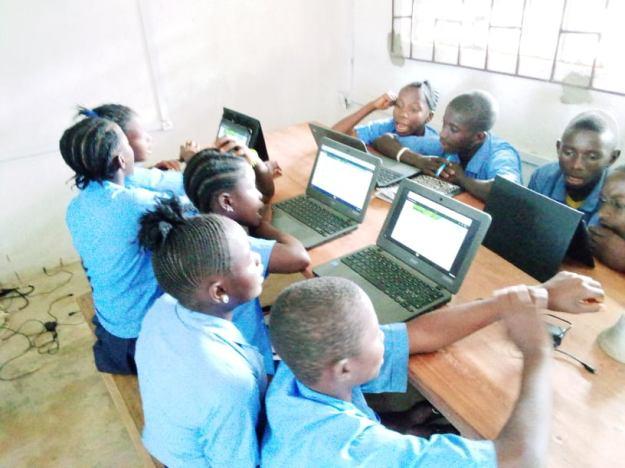 Lukasu-school-opening-post-Covid-closure - photo Momoh Kamara